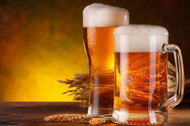 живое пиво в стекле